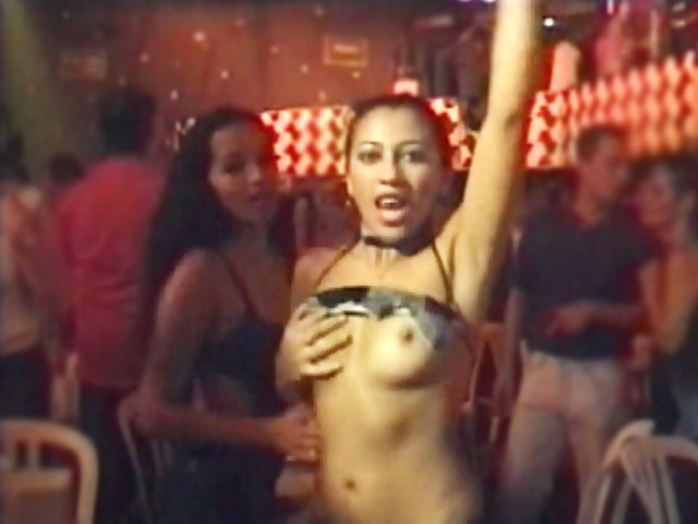 Baile e Sexo no Estacionamento