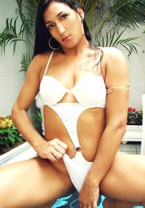 Alessandra Lins