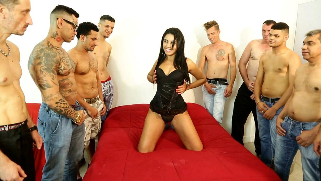 8 Machos e 1 Fêmea – Um Super Gang Bang