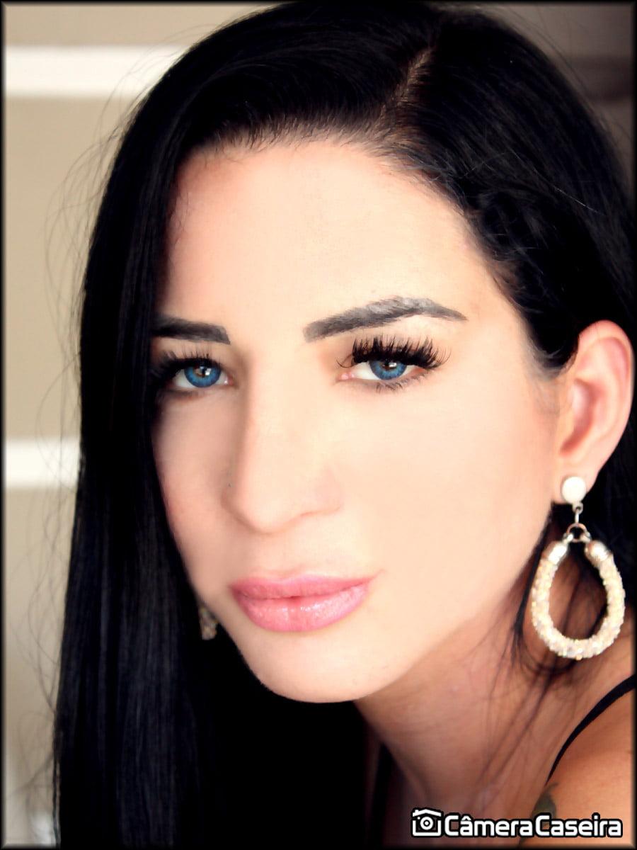 Carol Corrales